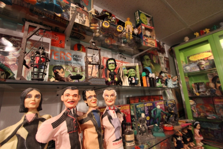 munsters_puppets