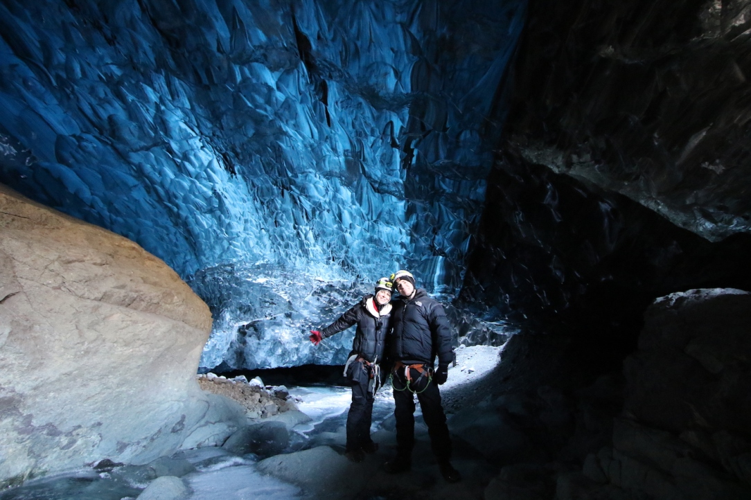 iceland_ice_cave_3