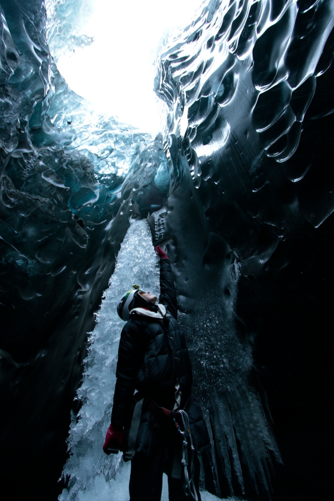 iceland_ice_cave_6