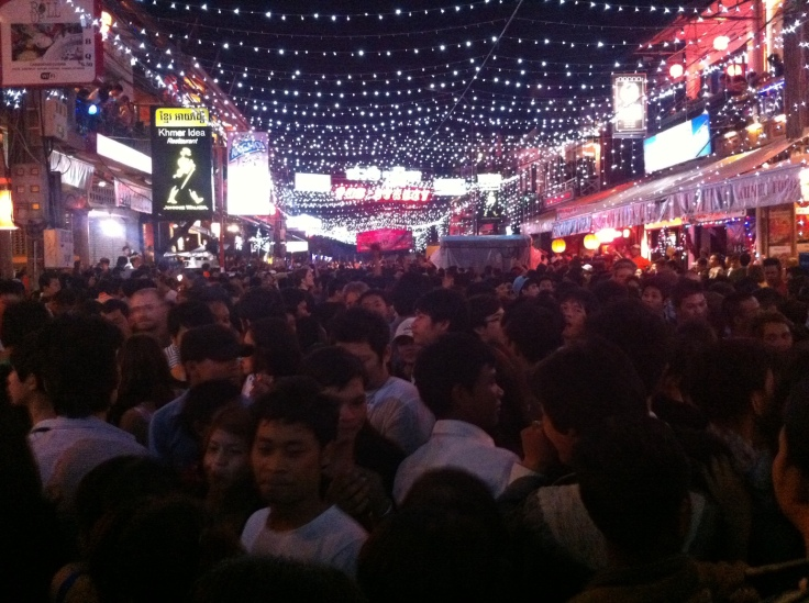 pub_street_new_year