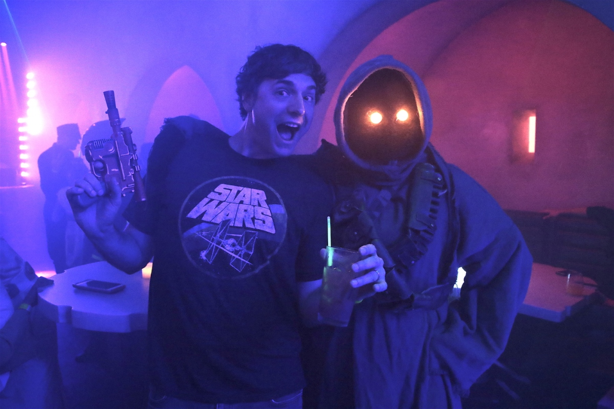 "Inside The ""Scum and Villainy Cantina"" Pop-Up Bar"