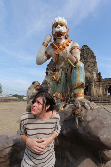 Lopburi_Monkeys_85