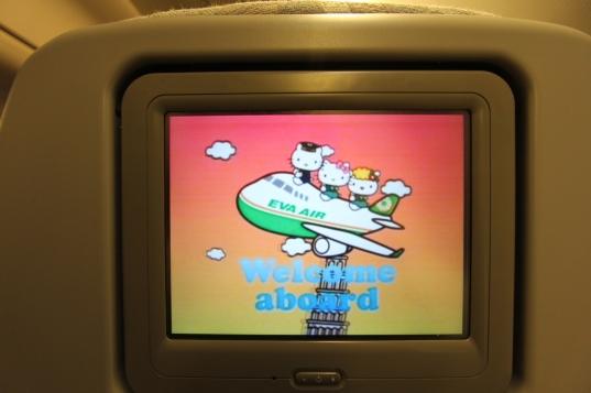Hello-Kitty-Plane-48