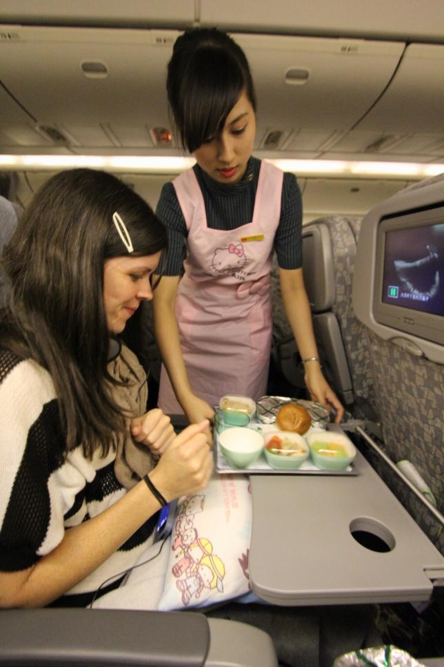 Hello-Kitty-Plane-50