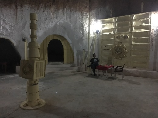 Star Wars Locations: Dinner and shower at the Sidi Driss Hotel in Matmata, Tunisia which stood in for Luke Skywalker's house
